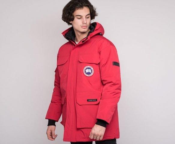 Куртка зимняя Canada Goose красная