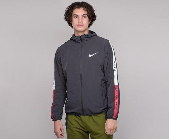 Ветровка Nike серая
