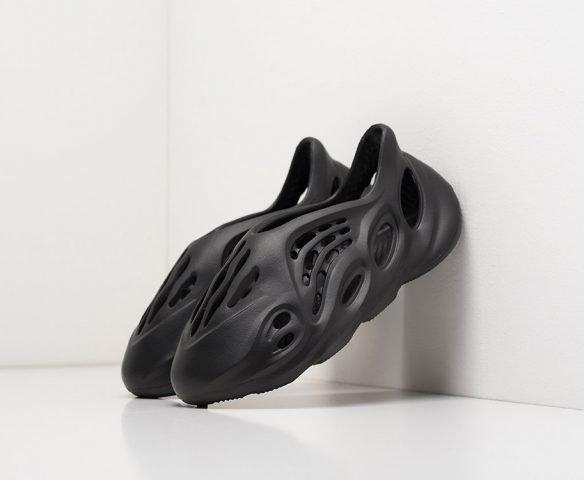 Adidas Yeezy Foam Runner черные