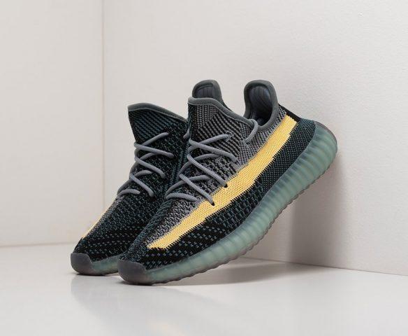 Adidas Yeezy 350 Boost v2 wmn low black