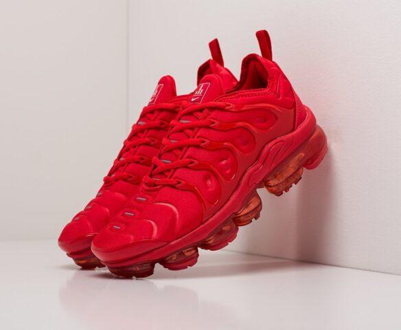 Nike Air VaporMax Plus красные